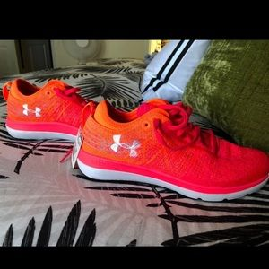 Under Armour Tennis Shoes !!